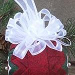 "2.5"" Quilted Ornament .."